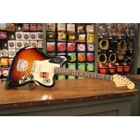 Foto van Fender American Professional Jaguar 3TSB RW incl. case 011-4010-700