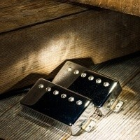 Foto van Lollar Imperial Humbucker, Bridge, Single Conductor, Nickel cover
