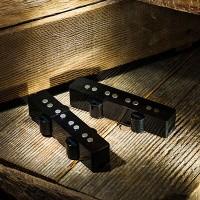 Foto van Lollar 4-string J-Bass set, black cover