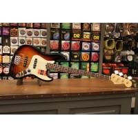 Foto van Fender American Professional Jazz Bass RW 3TS incl. hardcase 019-3900-700