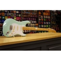 Foto van Fender Classic Series 50s Strat MN Surf Green + Bag 013-1002-357