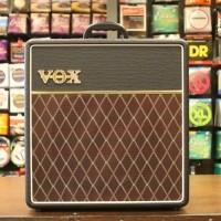 """Foto van Vox AC4C1-12 Custom, authentic VOX tone through a Celestion 12"""" speaker"""