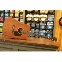 Foto van Martin DRS-1 Solid Sapele top back and sides incl. case