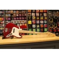 Foto van Fender Std. Jazz Bass MN Candy Apple Red 014-6202-509