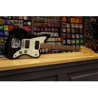 Foto van Fender Blacktop Jazzmaster HS RW Black 014-8400-506