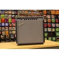Foto van Fender Champion 40 233-0306-900