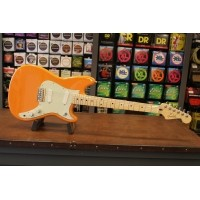 Foto van Fender Duo-Sonic MN Capri Orange 014-4012-582