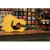 Foto van Martin D-18e, solid Sitka spruce top, solid Mahogany back and sides incl. hardcase