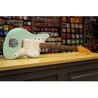 Foto van Fender Classic 60s Jazzmaster Lacq RW SFG 014-1210-757 + case