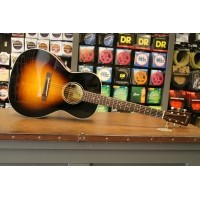 Foto van Eastman E10-OOSS Solid Adirondack Spruce top, solid Mahogany back and sides LR Baggs incl. case