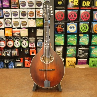 Eastman MD-304, A-Style Mandolin, Solid Spruce top, solid Maple back and sides incl. softbag