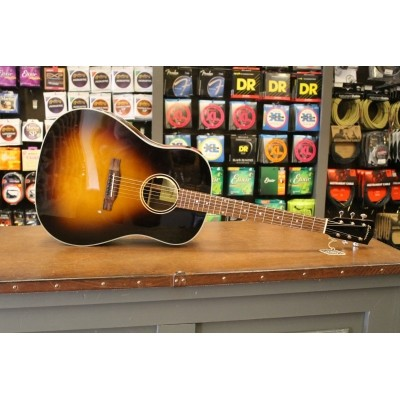 Eastman E20-SS Solid Adirondack Spruce top, solid Rosewood back and sides incl. case
