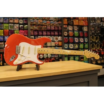 Fender Classic Series 50s Strat MN Fiesta Red + Bag 013-1002-340