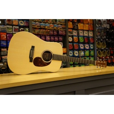 Martin DX1AE Solid Sika spruce top, HPL Mahogany back and sides