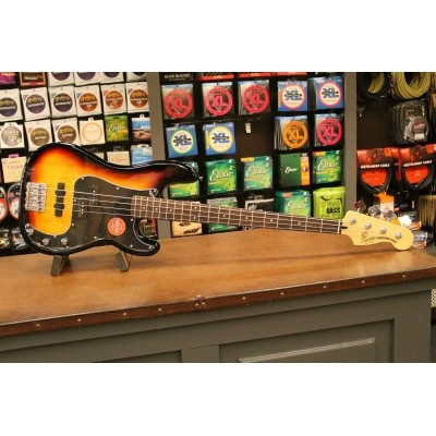 Squier Vintage Modified Precision Bass PJ 3TS 030-6800-500