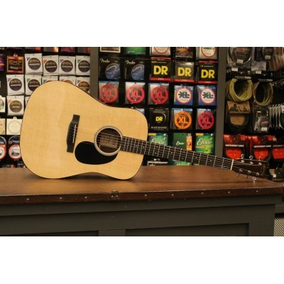 Martin DRSG, solid Sitka spruce top, solid Siris back and sides incl. case